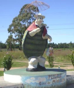 4 Monumento a Manuelita en Pehuajò