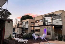 Cabaña Laguna Park Duplex & Suites - Chascomús