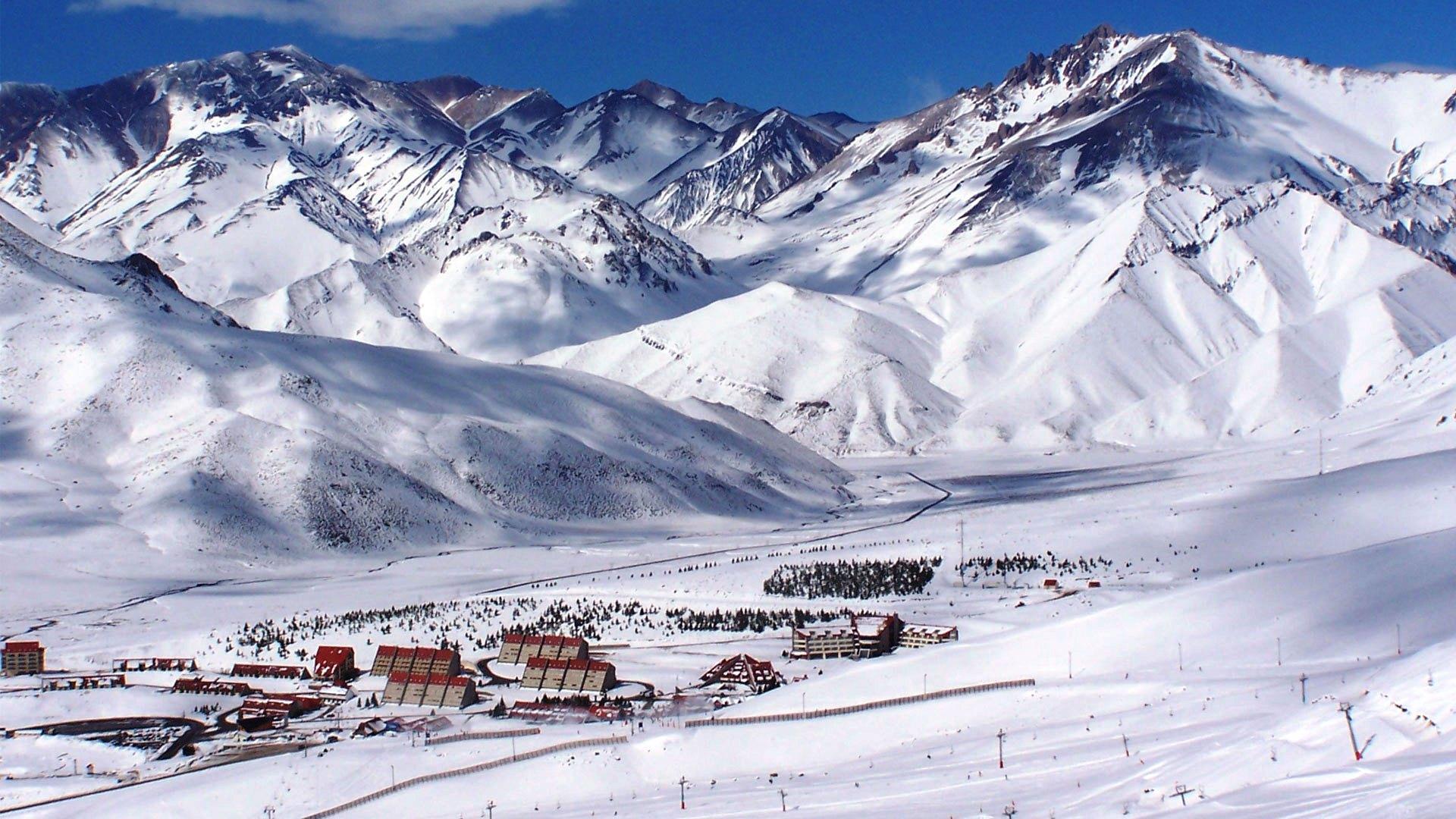 Bariloche contará con nuevos servicios de vuelos charters para la Ski Week