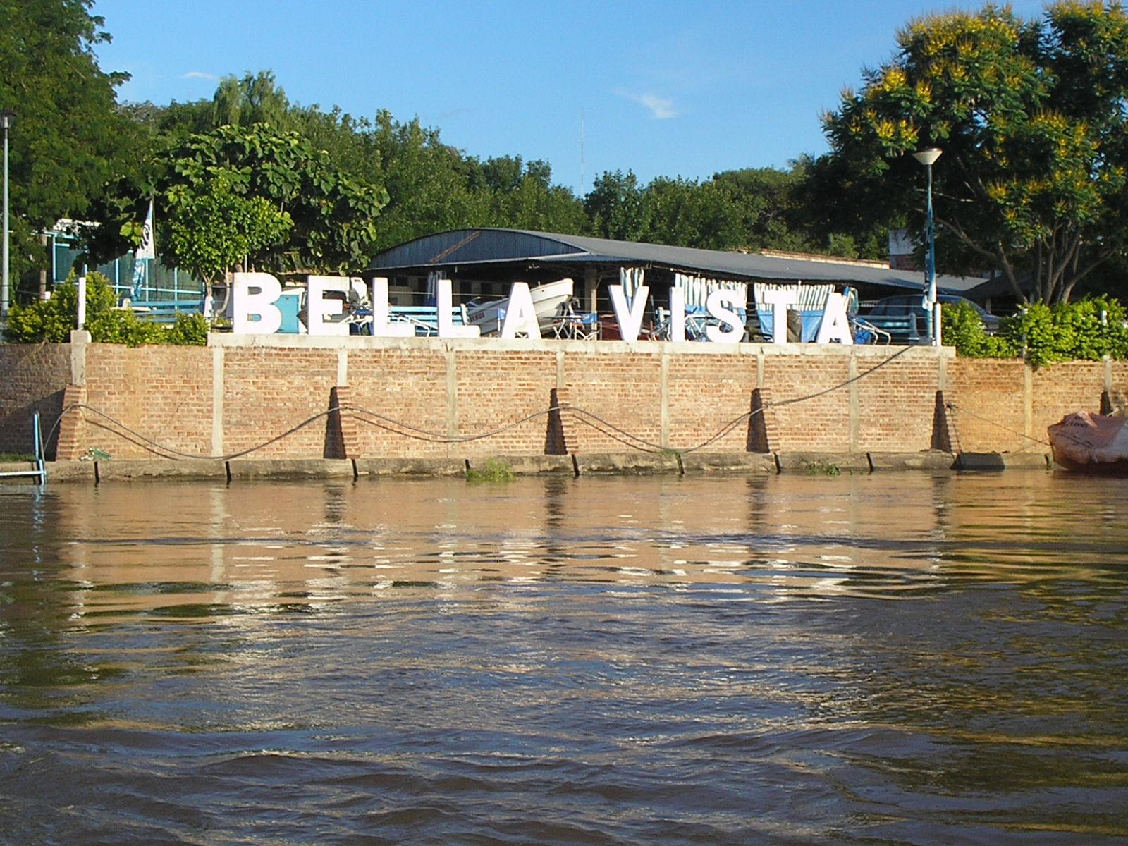 Bella Vista, playa lacustre y pesca en Corrientes