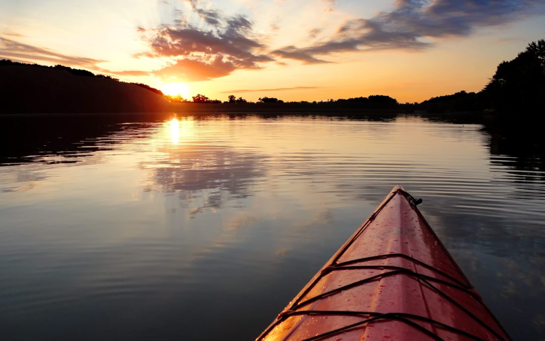 3 destinos ideales para practicar kayak